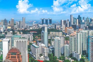 【シンガポール生活】シンガポール人はなぜこんなにウザいのか?笑 Vol. 3: マザコンが多い・家族偏向思考